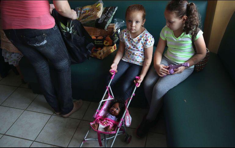 ONU pide a EEUU que deje de separar a familias inmigrantes