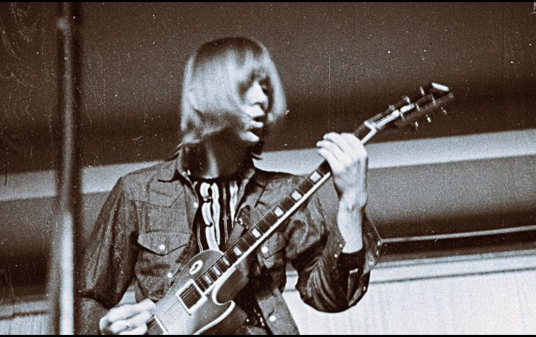 Muere guitarrista de Fleetwood Mac a los 68 años