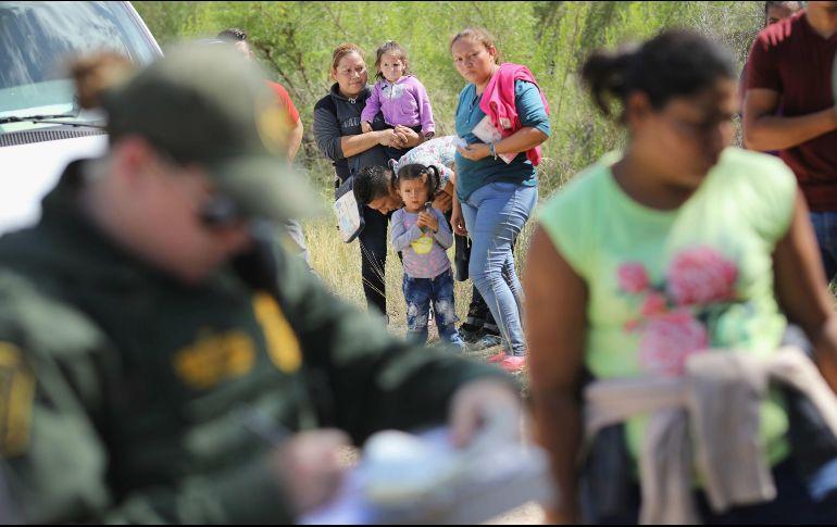 Trump vuelve a arremeter contra los demócratas por leyes migratorias