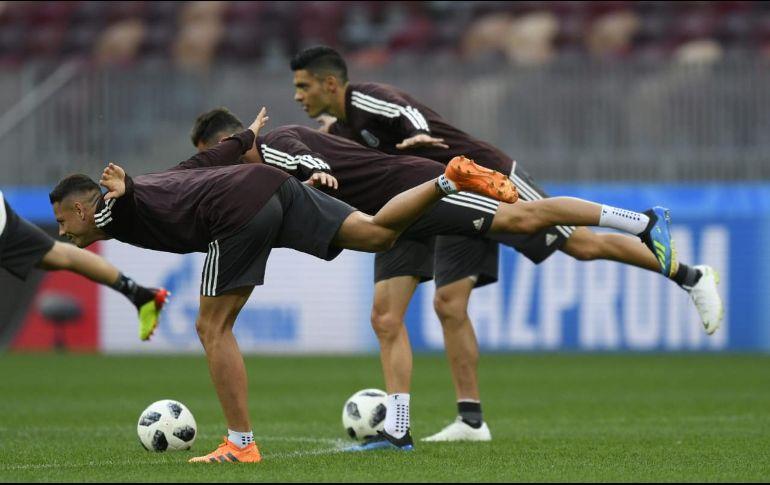 El cuadro realizó sus prácticas durante 15 minutos ante la prensa en espera de una Selección a la que nunca ha ganado en un Mundial. TWITTER  @miseleccionmx