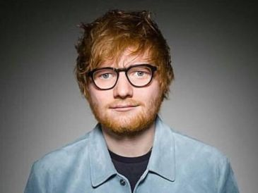 Ed Sheeran es un cantante y compositor británico conocido por sus éxitos como Kiss Me y Shape of You.  FACEBOOK / @EdSheeranMusic