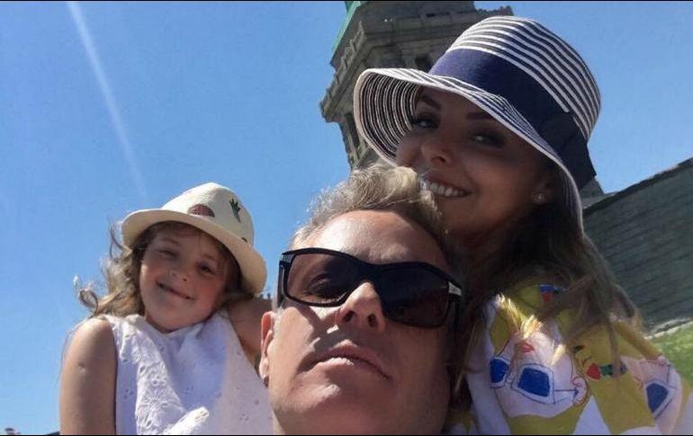 Ayala estaba disfrutando de un descanso junto a su esposa e hija. INSTAGRAM / alexisayala
