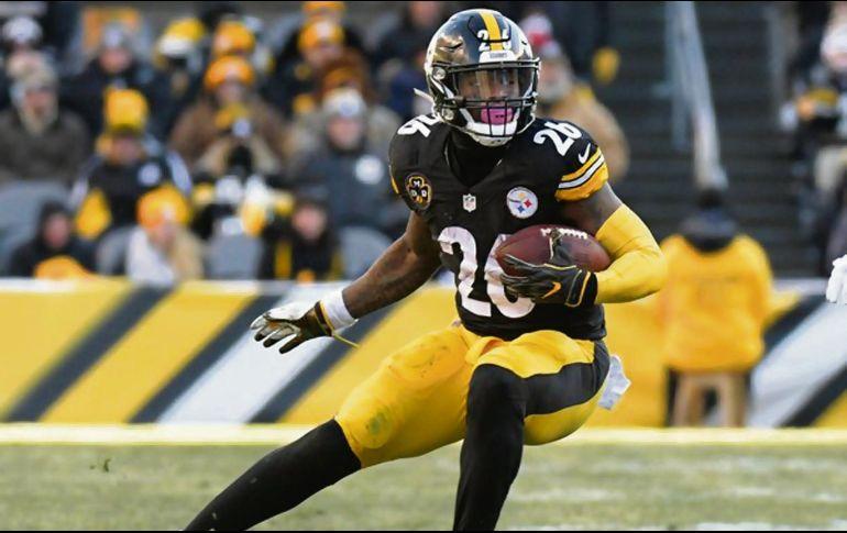 Le'Veon Bell. El jugador de los Steelers permanecerá como jugador franquicia. AP