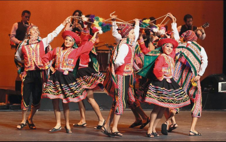 al rescate de la danza folclórica