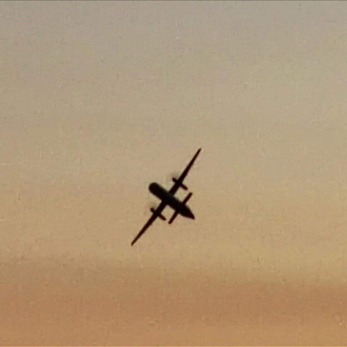 El FBI investiga cómo un hombre pudo robar y estrellar un avión en ...