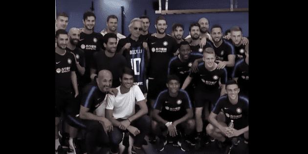 Andrea Bocelli visita al Inter de Milán
