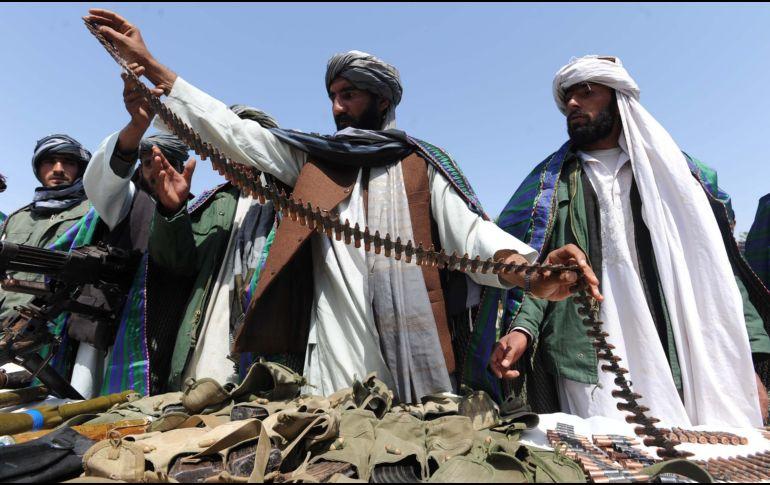 Talibanes disparan misiles en Kabul durante un discurso del presidente afgano