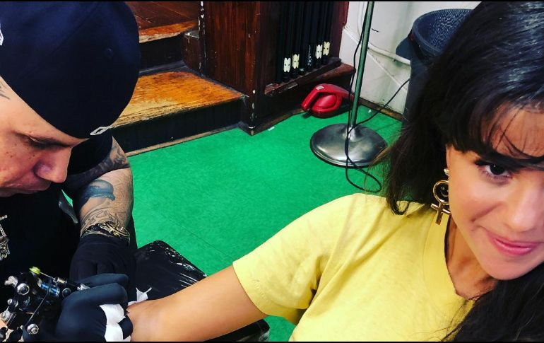 Estos son los tatuajes que se hizo Selena Gómez — FOTOS