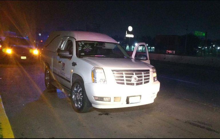 Carroza con cuerpo a bordo fue robada en Guadalajara