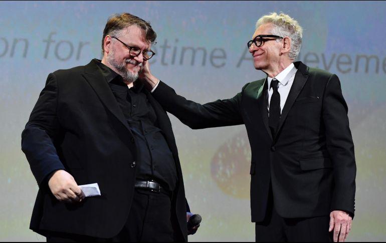 Alfonso Cuarón gana ''El león de oro'' en festival de Venecia
