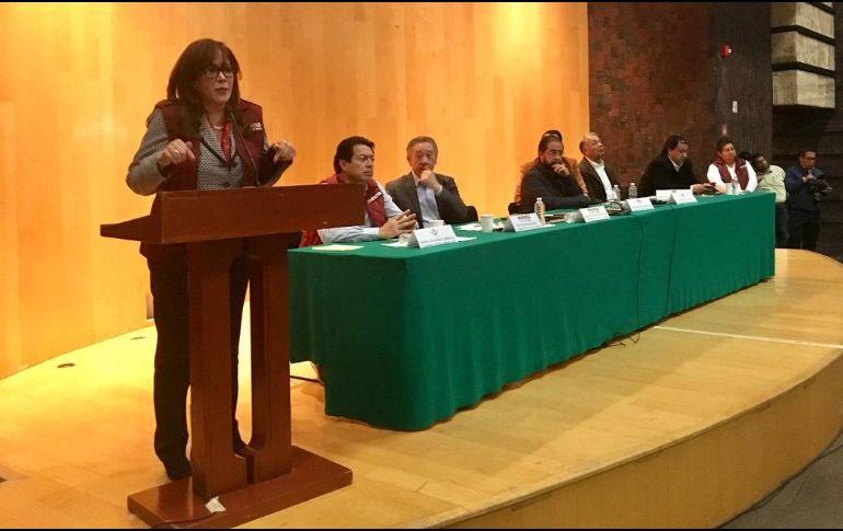 Yeidckol afirmó que el particular de Blanco, José Manuel Sáenz, ha convocado a los diputados de Morena a nombre del gobernador para