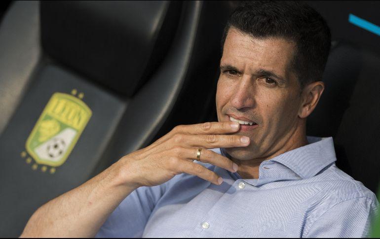 El León anuncia la destitución de Gustavo Díaz al frente del equipo