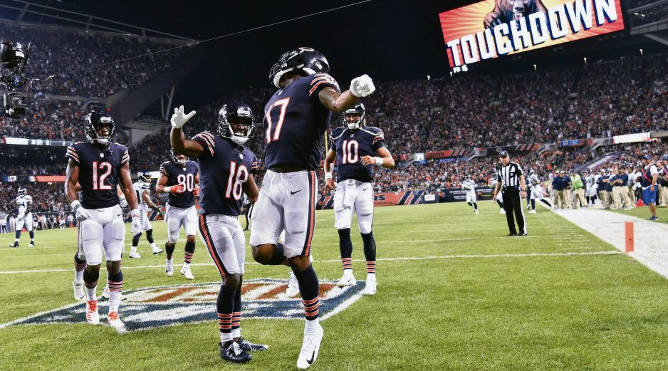 Anthony Miller (#17) marca touchdown. AFP