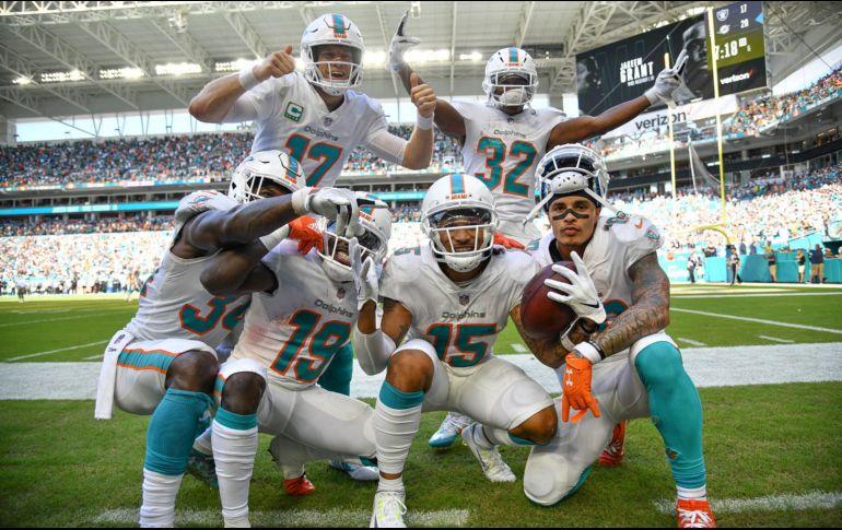 Dolphins continúa invicto al vencer a Raiders