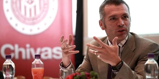 Almeyda también sacó provecho del préstamo a Chivas: Higuera