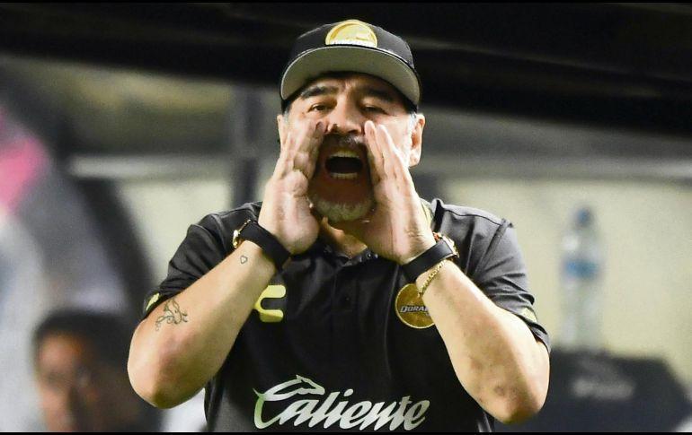 Maradona le pedirá disculpas a Messi