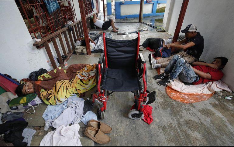 Migrantes centroamericanos reciben permiso para trabajar en México