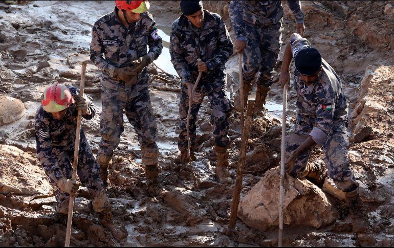 Inundaciones ya provocaron 11 muertos y cientos de evacuados — Jordania