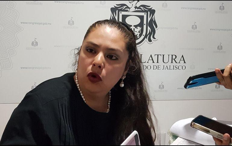 Perla Ávila indicó que en lo que se soluciona el problema del pozo, se debe de abastecer de líquido a la población. EL INFORMADOR / R. Rivas