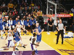 Orlando Magic v Los Angeles Lakers - LOS ANGELES, CA - NOVEMBER 25: Nikola Vucevic #9 of the Orlando Magic drives to the basket during the game against the Los Angeles Lakers on November 25, 2018 at STAPLES Center in Los Angeles, California. NOTE TO USER: User expressly acknowledges and agrees that, by downloading and/or using this Photograph, user is consenting to the terms and conditions of the Getty Images License Agreement. Mandatory Copyright Notice: Copyright 2018 NBAE   Adam Pantozzi/NBAE via Getty Images/AFP