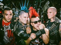 The Casualties preenta