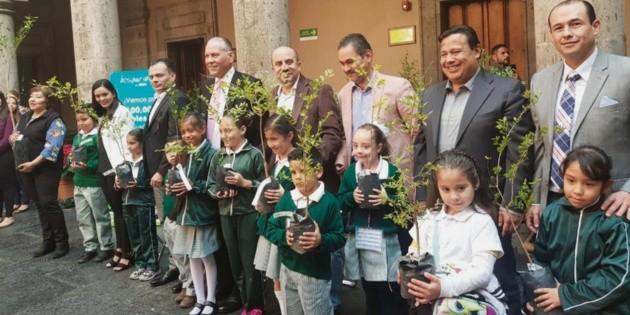 Guadalajara recibirá 100 mil árboles