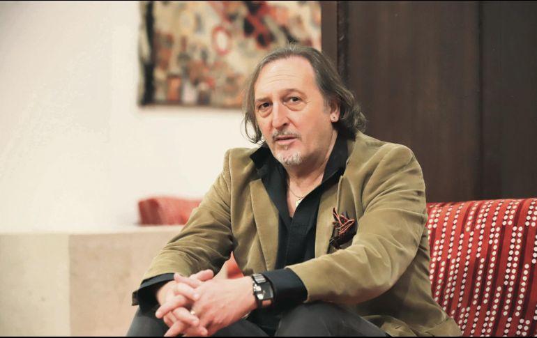 """El autor presenta """"El vuelo de los charcos"""". EL INFORMADOR / F. Atilano"""