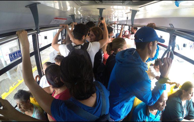 Arnoldo Licea, titular del SATAEJ, aseguró que la tarifa de 7 pesos ha detenido el crecimiento del transporte público. EL INFORMADOR/Archivo