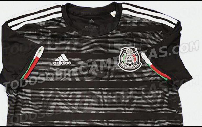 5725670876218 El nuevo jersey sigue la tradición de lanzar un modelo en negro posterior  al mundial
