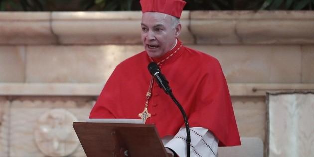 """Cardenal pide a funcionarios """"sensibilidad"""" en tema de sueldos"""