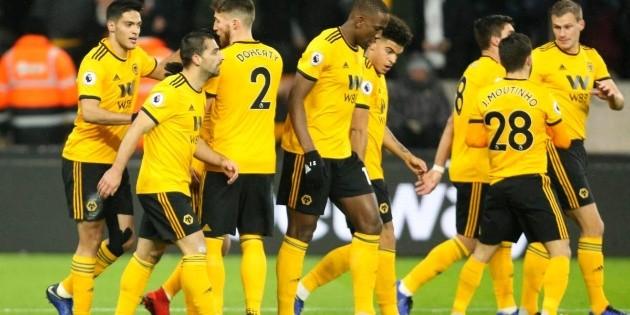 Raúl Jiménez brilla en triunfo de los Wolves ante el Bournemouth