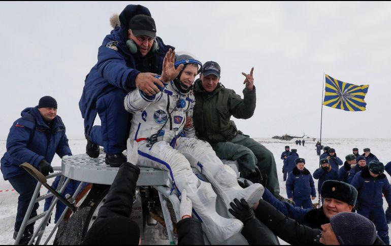 Regresan tres astronautas a la Tierra desde la Estación Espacial