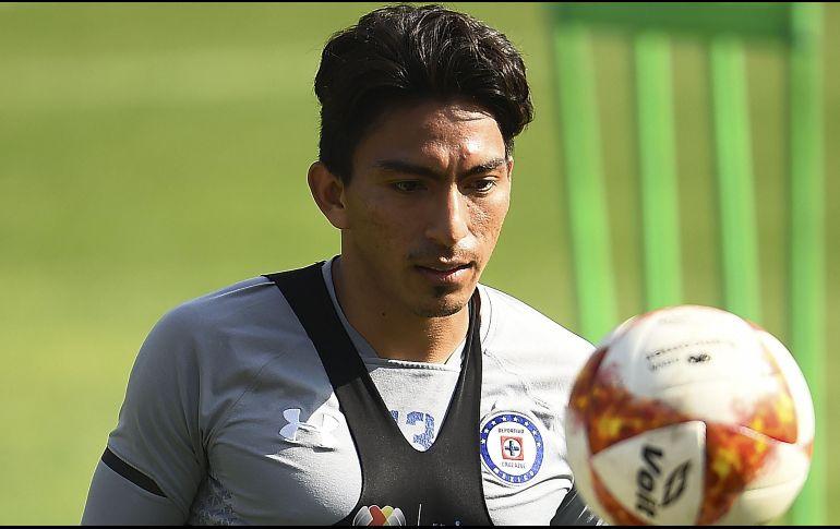 Ricardo Peláez mintió; Ángel Mena es baja en Cruz Azul