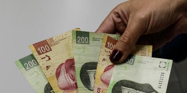 El peso mexicano hila siete semanas con ganancias