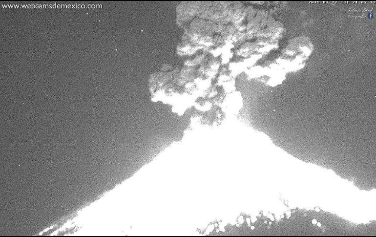 Registran explosión en el volcán Popocatépetl — México
