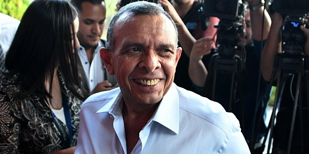 Denuncian a expresidente hondureño