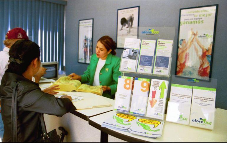 Fitch Ratings ve positiva reforma de AMLO a pensiones