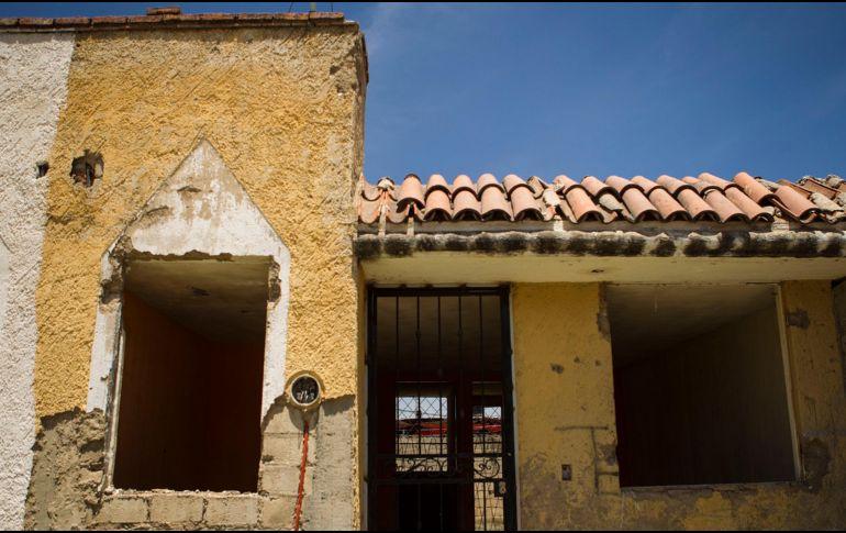 Las autoridades de Tlajomulco planea derribar las casas en situación de riesgo cuyo dueño es ilocalizable. EL INFORMADOR/Archivo