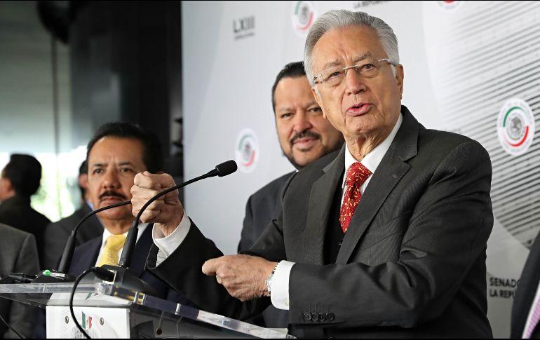 Bartlett expuso que desde el sexenio Salinas de Gortari los ex funcionarios en claro conflicto de interés, han participado en el sector energético en empresas particulares. SUN / ARCHIVO