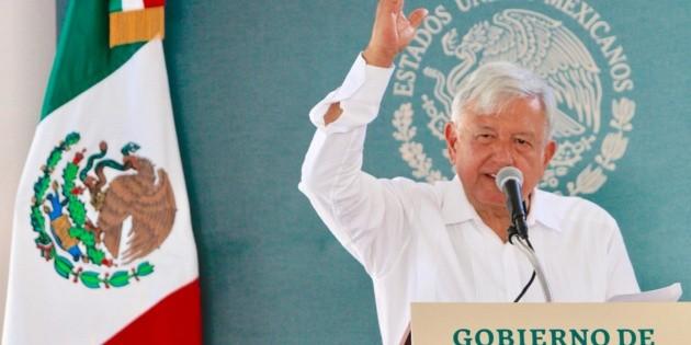 López Obrador se compromete a invertir en desarrollo para Durango