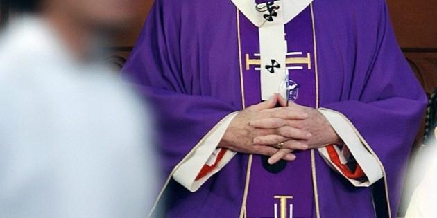El PRD pide transparentar nombres de sacerdotes pederastas