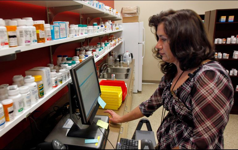 Alistan iniciativa para regular precios de medicamentos
