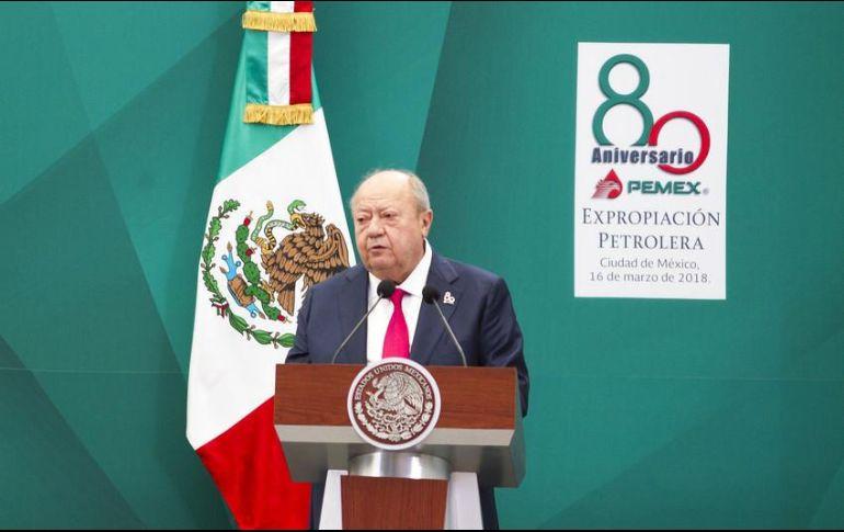 Petroleros presentan denuncia contra el líder sindical Carlos Romero Deschamps