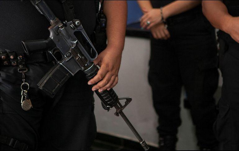 Comando armado plagia a 19 pasajeros de un autobús en Tamaulipas