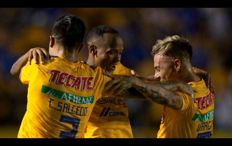 Santos y Tigres avanzan a semis de Concachampions