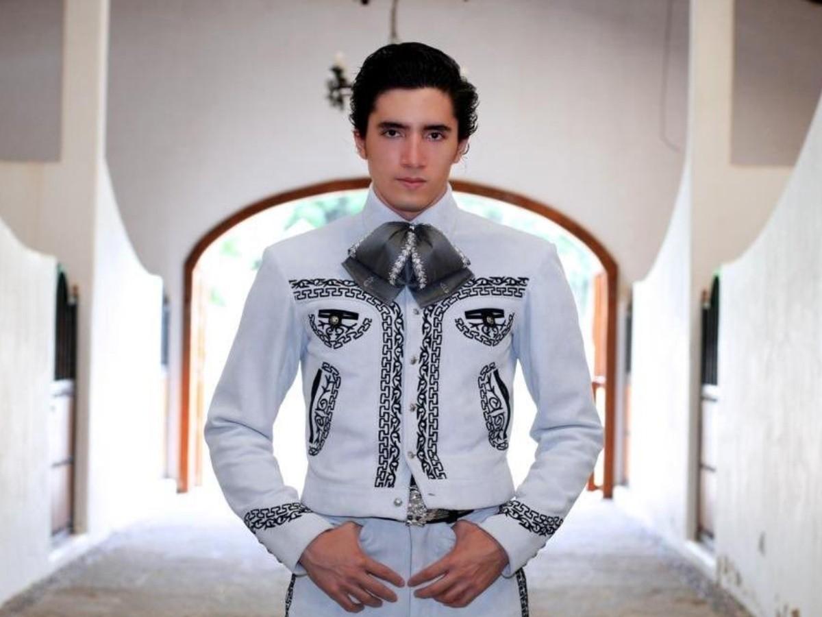 Alex Fernández planea revolucionar el mariachi y ser auténtico