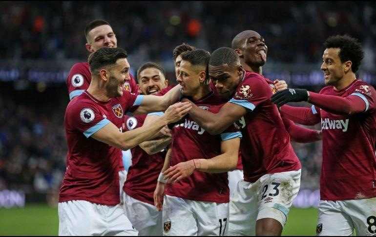 Chicharito, con un doblete, hizo posible la remontada de West Ham