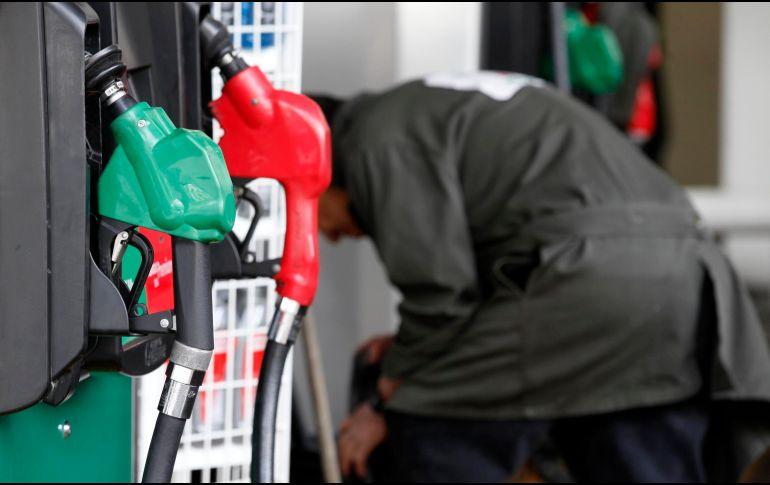 Hacienda anuncia estímulo fiscal para gasolina Premium y diésel