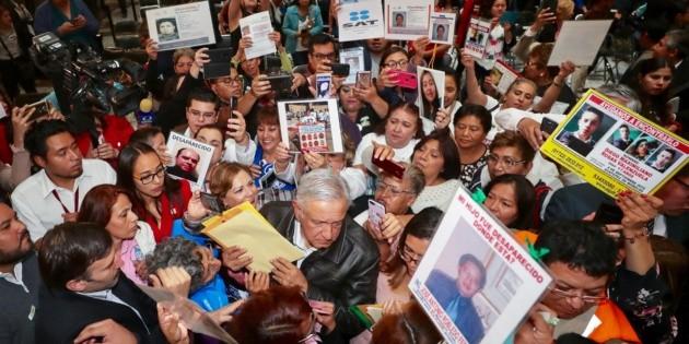 Sin límite, recursos para búsqueda de desaparecidos: López Obrador