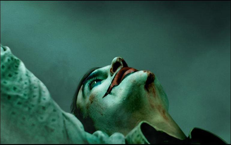 Revelan primer afiche de la película sobre el Joker